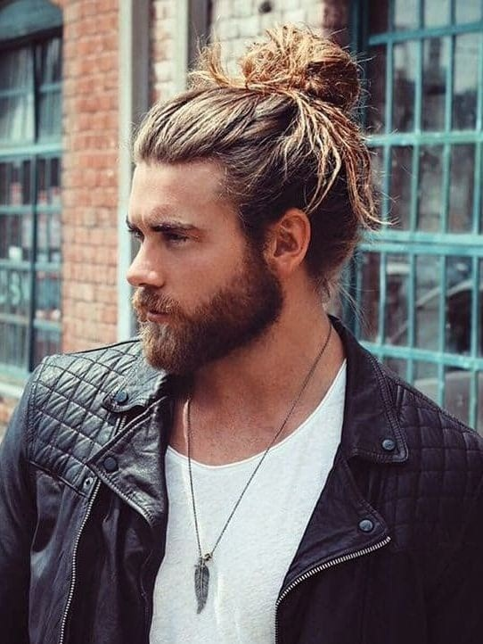 hairstyle with beard